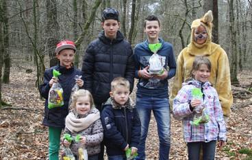Veel animo voor paaseieren zoeken in Speulderbos