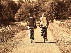 Op de fiets voor het goede doel
