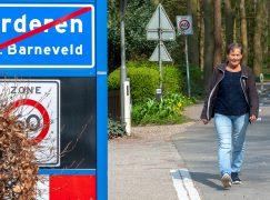 """Bea Verhoef (66) loopt 80 kilometer lange Kennedymars: """"Ik ga voor een record!"""""""